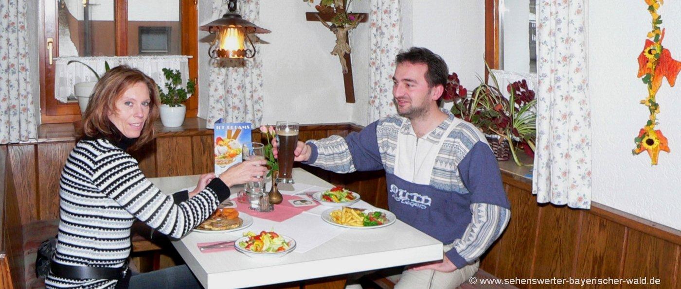 gasthaus-bayerischer-wald-uebernachtung-essen-gehen