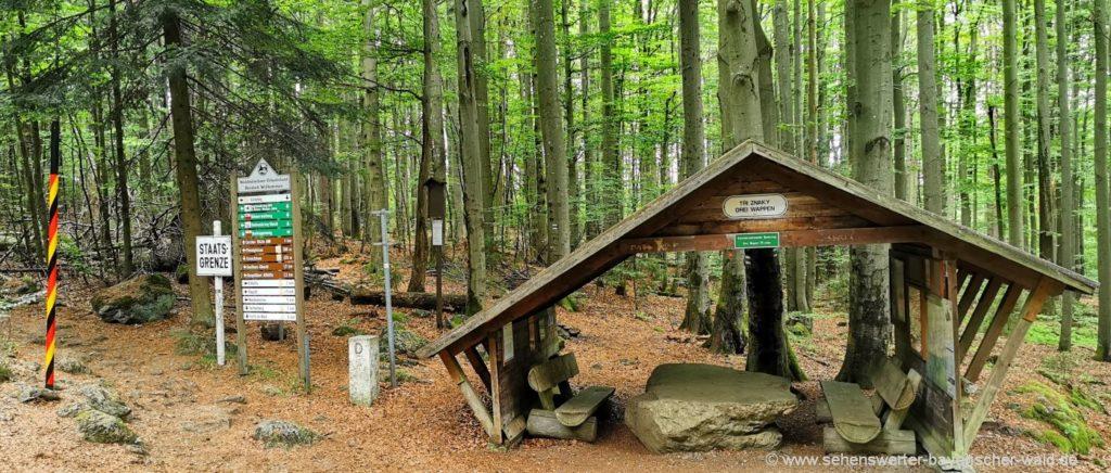 Hütte Grenze zu Tschechien Grenzübergang Drei Wappen