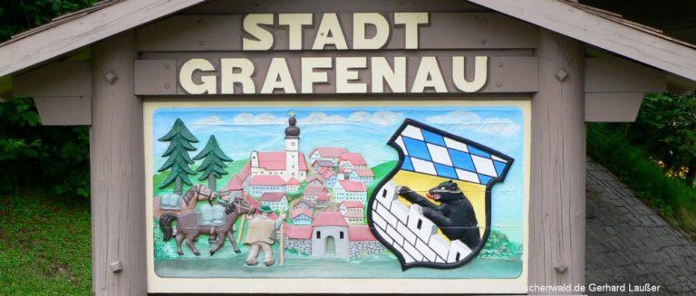 grafenau-eissporthalle-bayerischer-wald-stadtschild-panorama-1300