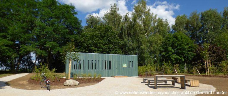 grünes-klassenzimmer-cham-oberpfalz-schulunterricht-im-freien