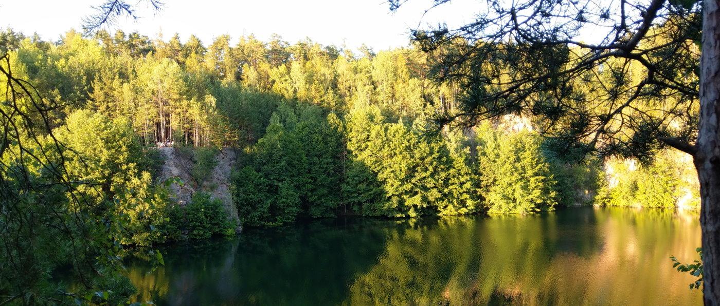 gumpinger-see-gemeinde-wald-steinbruchsee