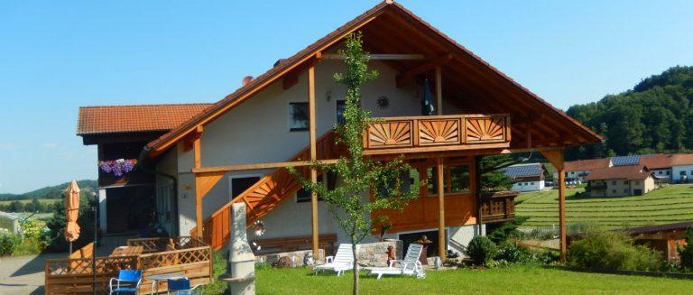 haaghof-bayerischer-wald-bauernhofurlaub-spielscheune-ferienhaus
