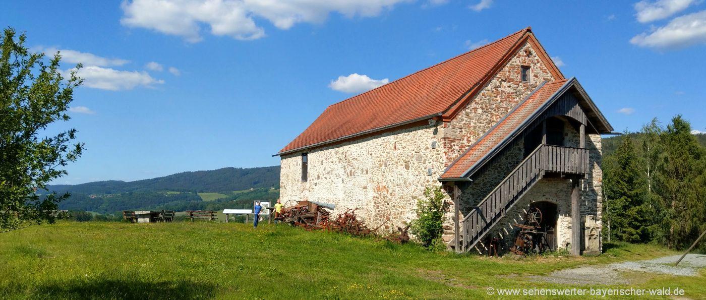 Hofbergmuseum bei der Ruine Haibach Burgmuseum