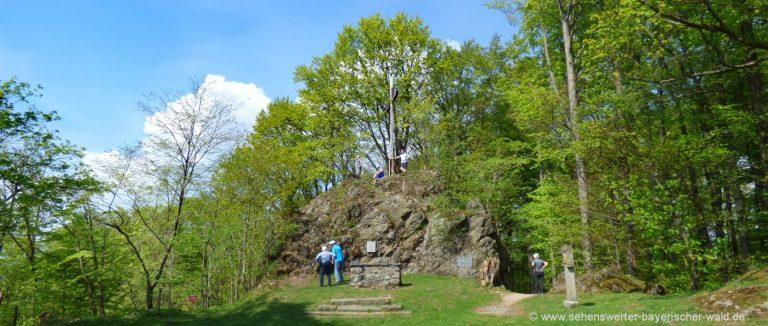 haidstein-wanderung-gipfelkreuz-wanderwege-runding