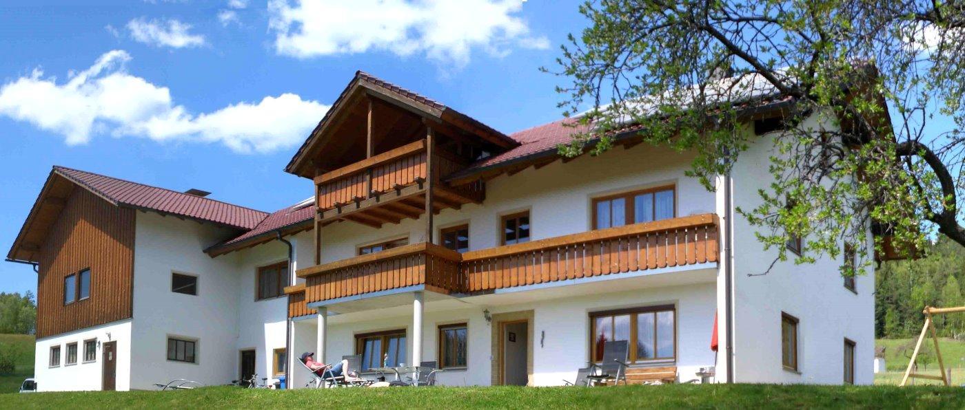 hamberger-kaikenried-ferienwohnung-teisnach-bayerischer-wald-unterkunft