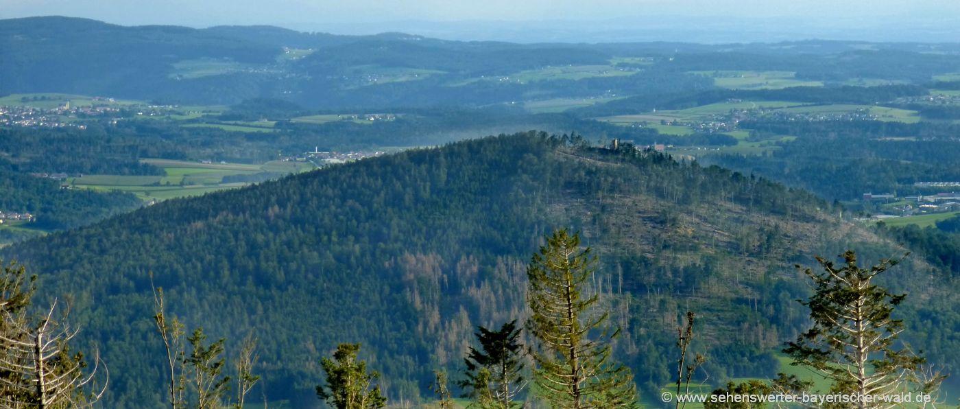 hauzenberg-aussichtsturm-staffelberg-von-oberfrauenwald-superzoom