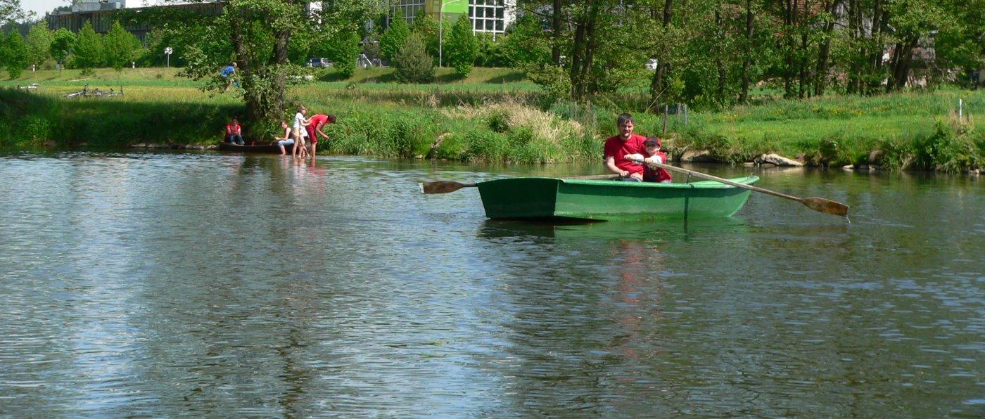 Angelurlaub direkt am Regen Fluss in der Oberpfalz bei Roding