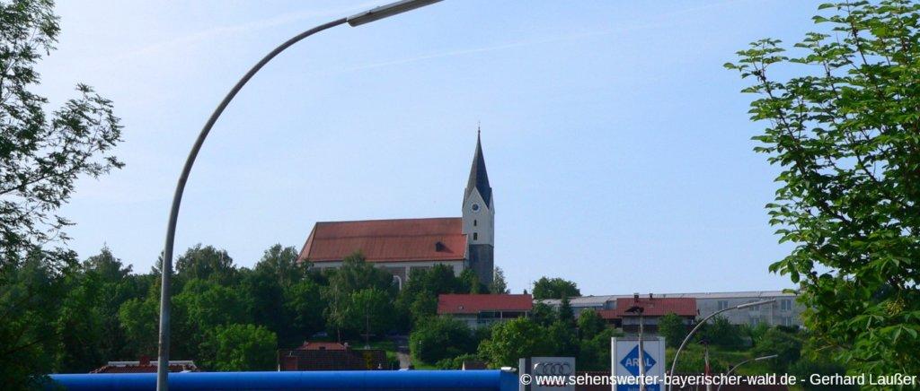 Katholische Kirche sankt Michael in Hengersberg Ausflugsziele