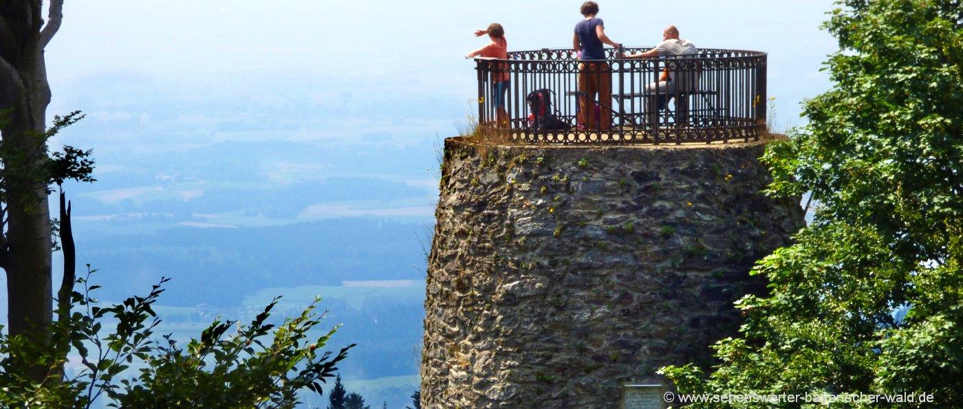 Gemeinde Achslach am Hirschenstein Wandern zum Aussichtsturm