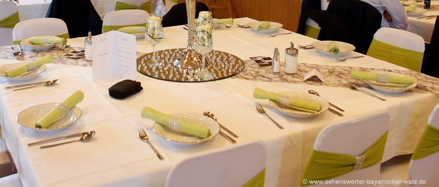 hochzeitslokal-hochzeitssaal-tischdeko-feiern-party
