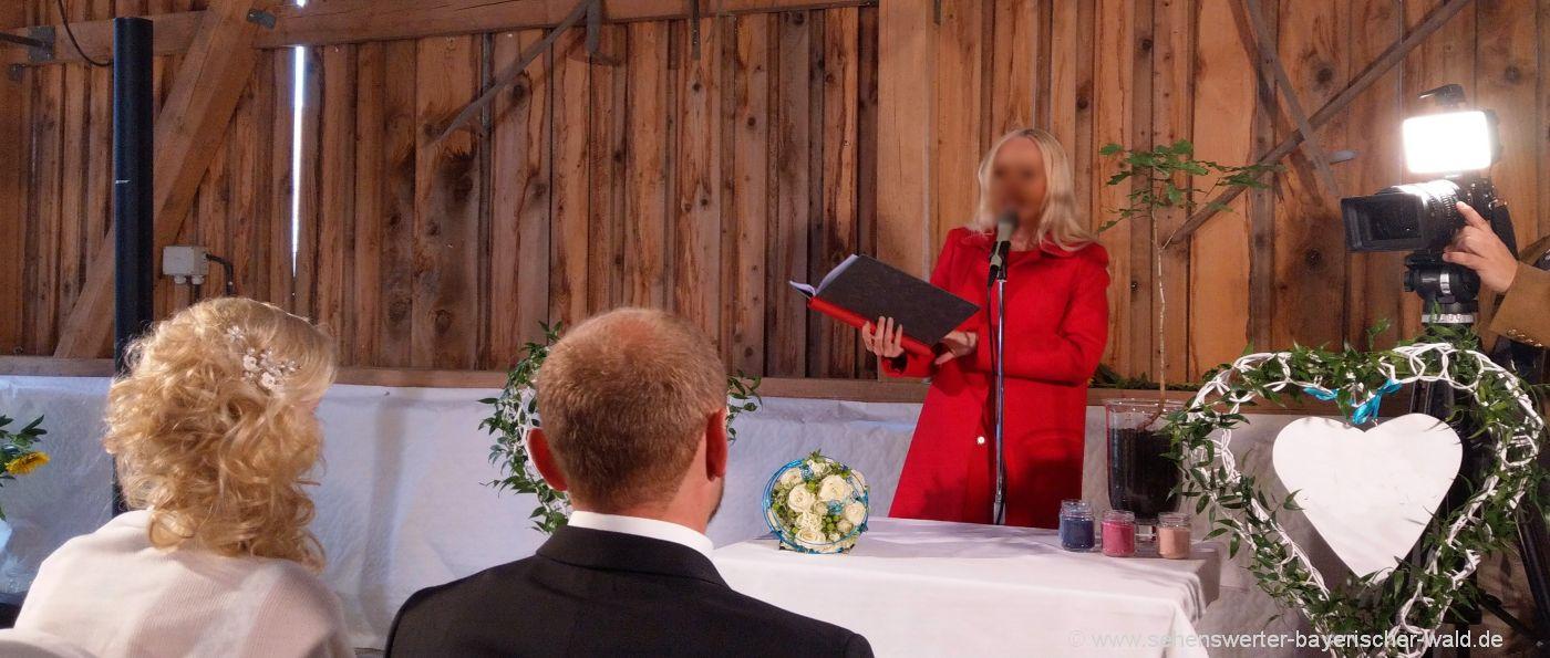 Hochzeitsstadl & Hochzeitssaal im Landkreis Passau Halle, Scheune, Festsaal mieten
