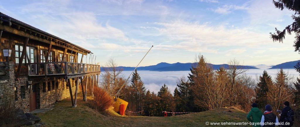 Hohen Bogen Wanderung zum Gipfel mit Berghaus Gaststätte