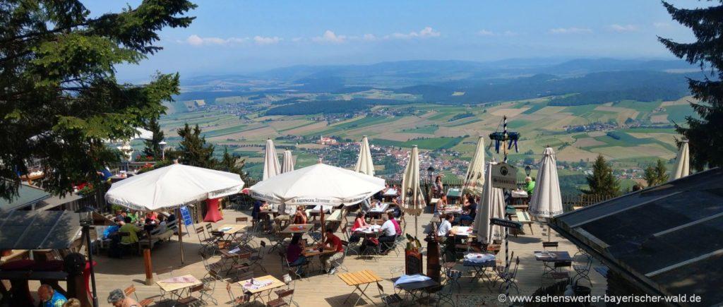 Ausflugsgaststätte und Berggasthof Schönblick mit Biergarten