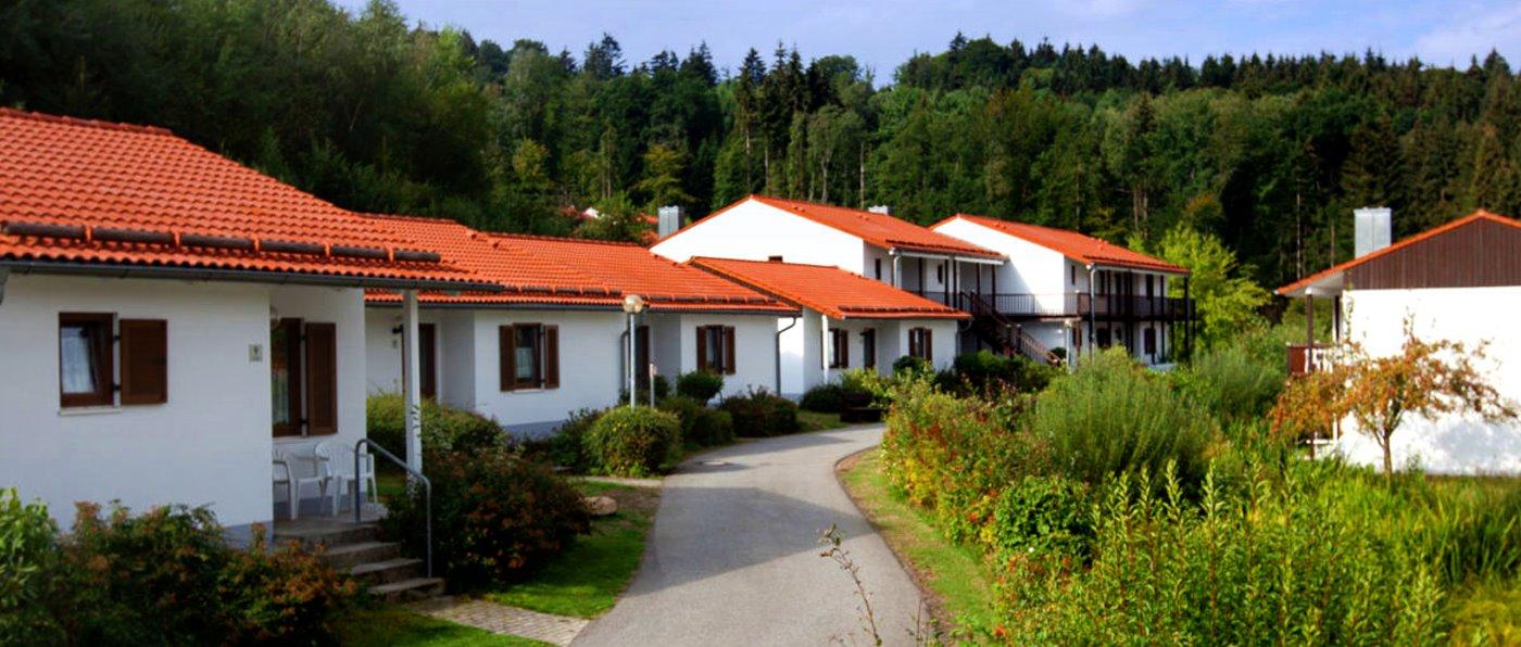 hp-ferienpark-falkenstein-feriendorf-bayern-familien-anlage