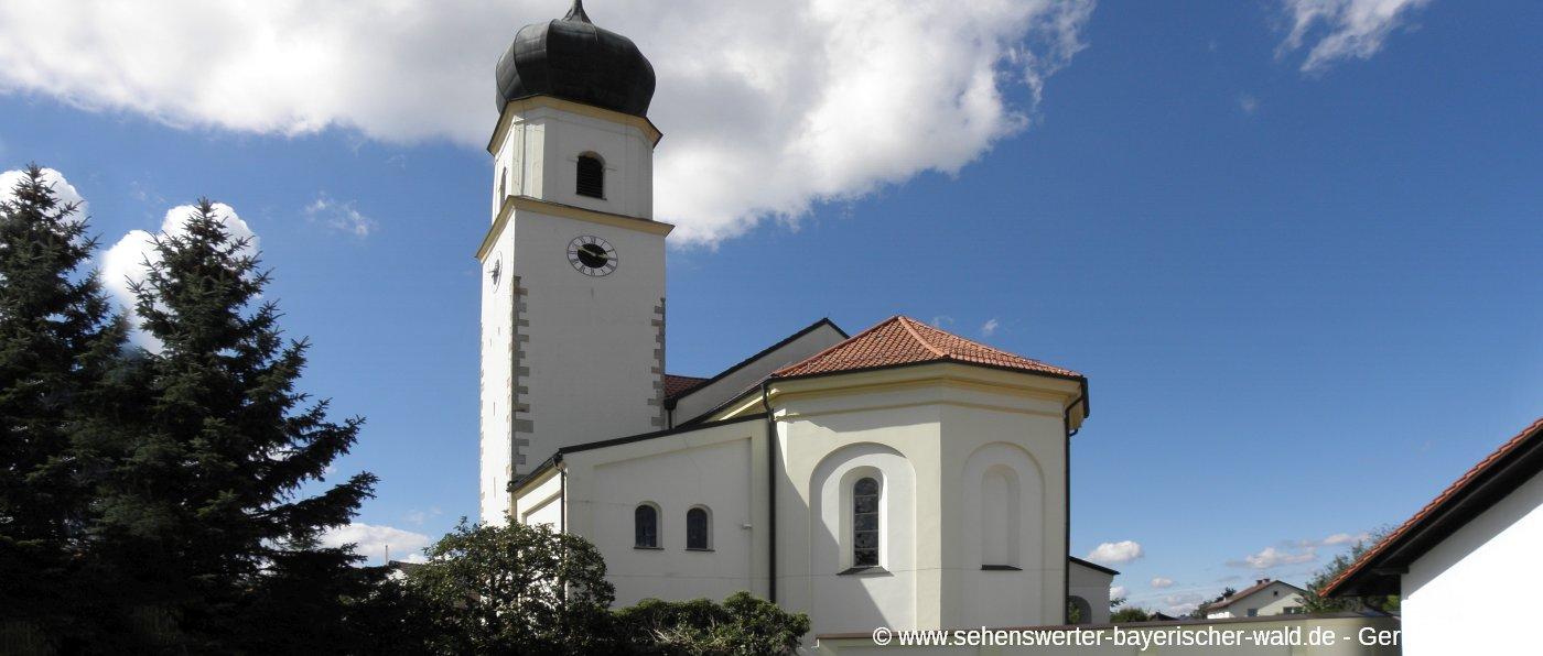 iggensbach-niederbayern-sehenswuerdigkeiten-kirche-ansicht-panorama