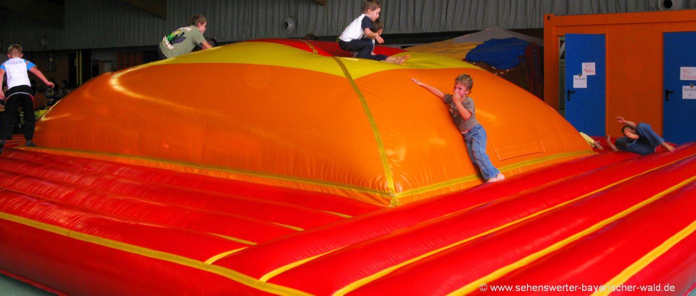 Kinder Funpark in Grafenau Indoorspielplatz Bayerischer Wald