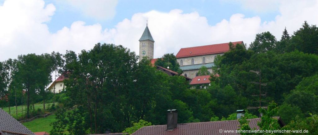 Sehenswürdigkeiten in Jandelsbrun Ausflugsziele Wollaberg Kirche