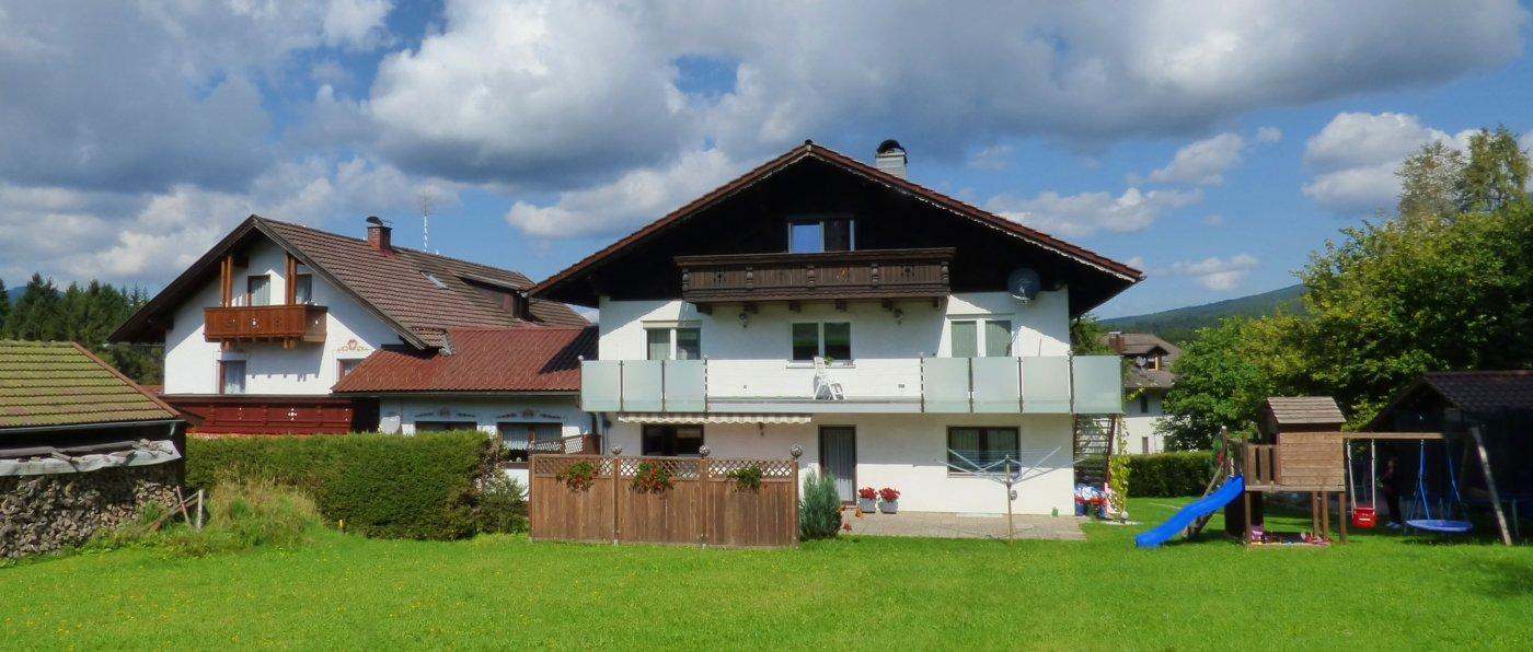 jutta-pension-lindberg-bayerischer-wald-zimmer-aussenansicht