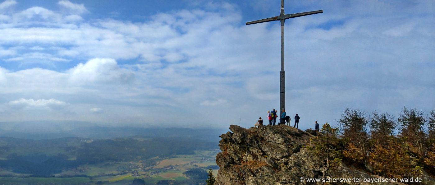 kaitersberg-kreuzfelsen-wanderung-gipfelkreuz-aussichtspunkte