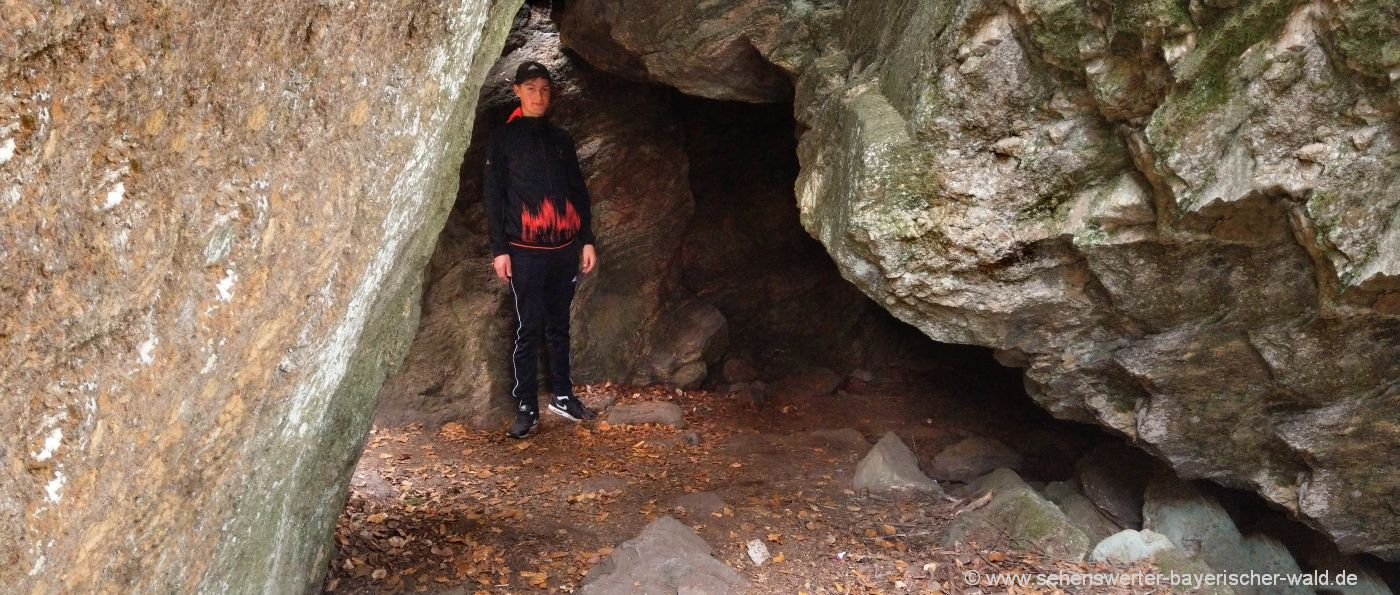 kaitersberg-räuber-heigl-höhle-wandern-mit-kindern