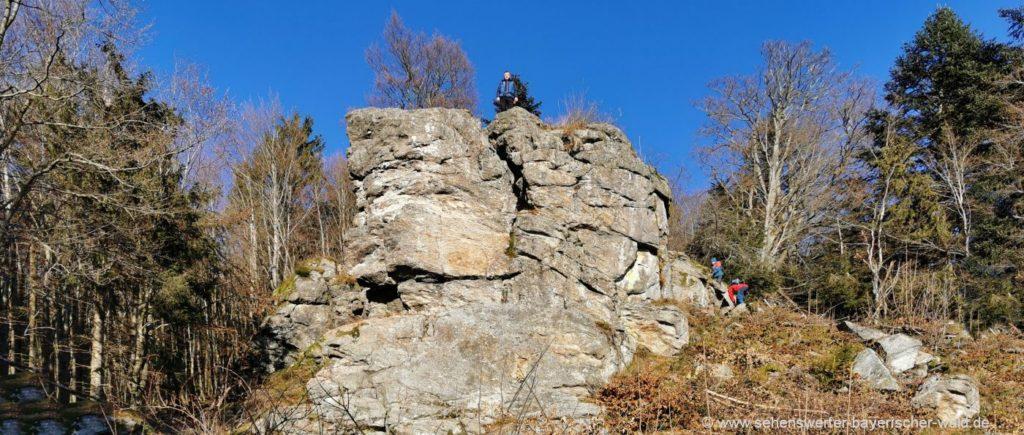 Kalteck Rundwanderweg zur Hirschmannhütte mit Hirschmannfelsen Aussichtspunkt