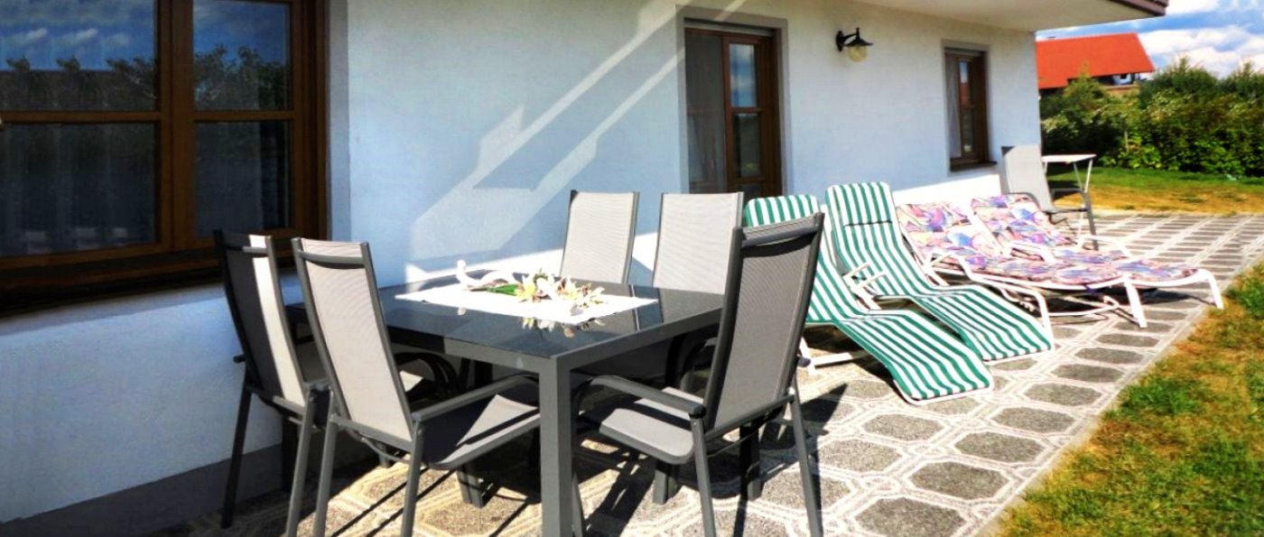 Ferienwohnung in Prackenbach bei Viechtach mit sonniger Terrasse