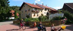 Kinder und Familienbauernhof in Bayern