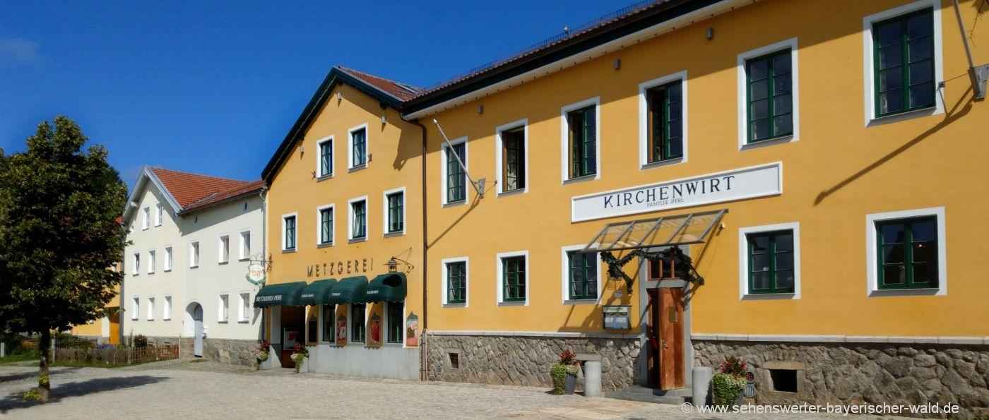 kirchdorf-im-wald-dorfplatz-gasthof-ausflugsziele