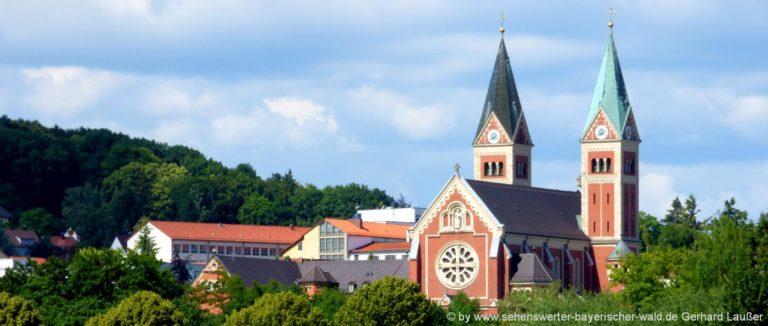 kirchen-niederbayern-kloster-oberpfalz-cham-klosterkirche-bauwerke