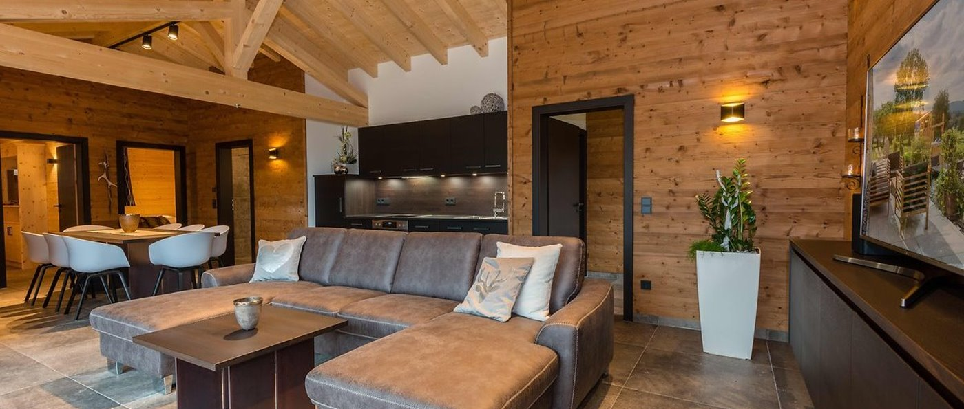 bayern chalet mit kamin mieten luxus ferienhaus mit sauna. Black Bedroom Furniture Sets. Home Design Ideas