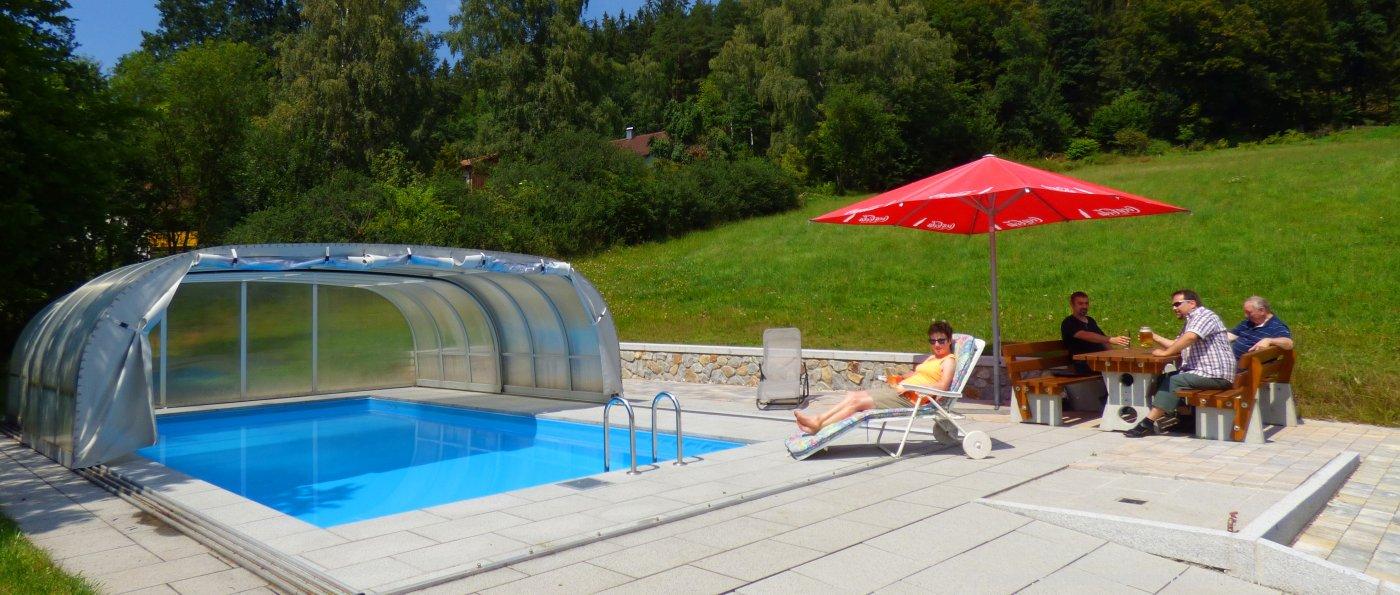 kraus-achslach-gasthof-swimming-pool-bayerischer-wald