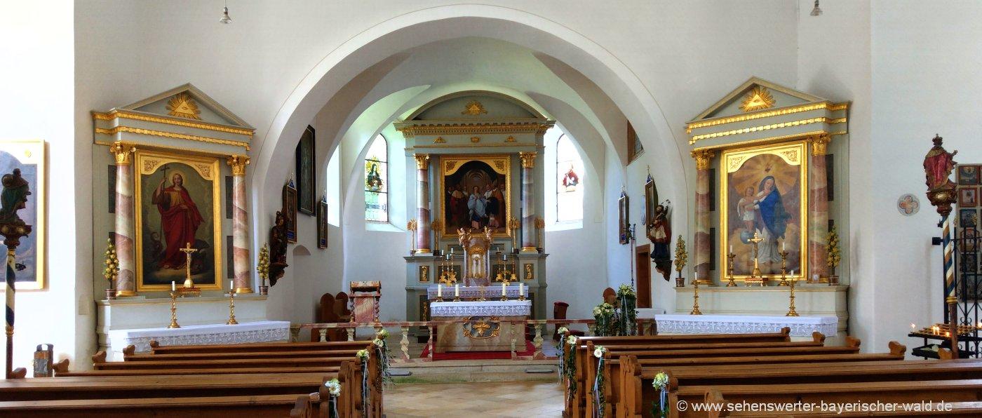 Lamberg Wallfahrtskirche der Hl. Walburga Ausflugsziel bei Chamerau