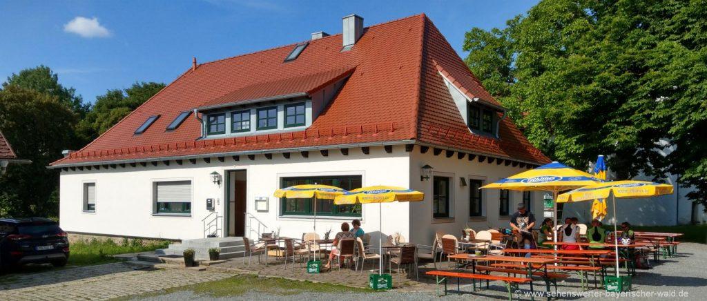 Gaststätte am Lamberg bei Cham Ausflugsgasstätte mit Biergarten