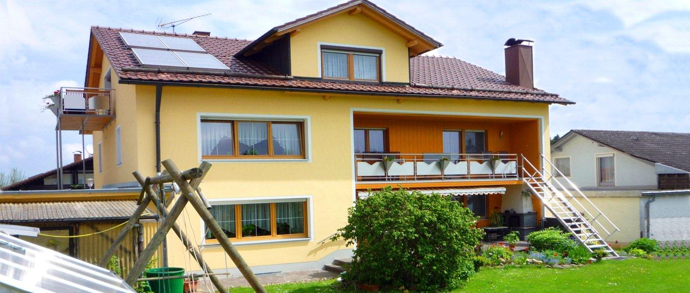 lesny-unterkunft-wiesenfelden-ferienwohnung-hausansicht