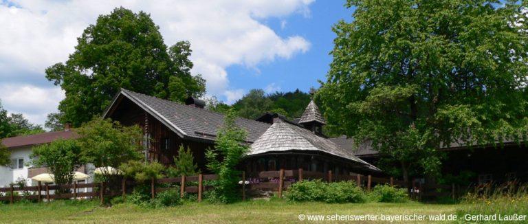 lindberg-bauernhausmuseum-bayerischer-wald-freizeitgestaltung-panorama-1400
