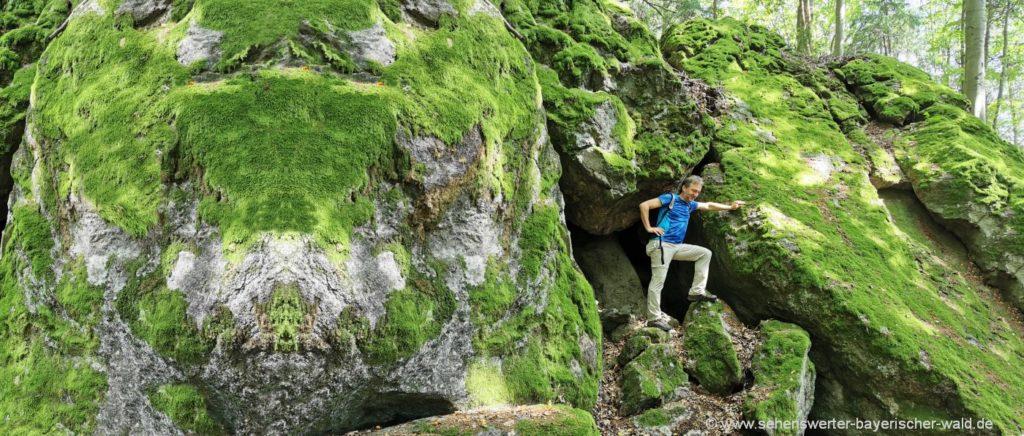 Rundwanderweg im Labirinth bei Lixenried Felsenpark Furth im Wald