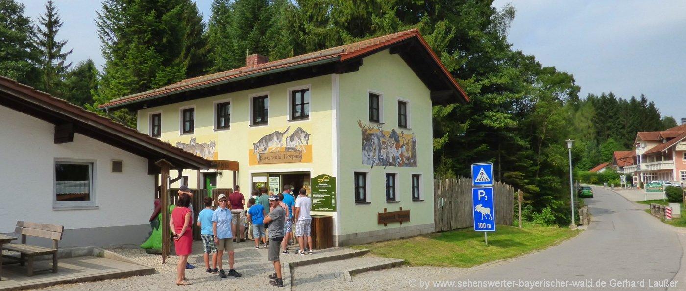 lohberg-bayerwald-tierpark-bayerischer-wald-tagesausflug-eingang-panorama