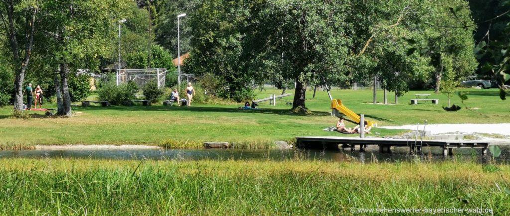Kinderspielplatz und Naturbadesee Mauth Finsterau Freizeit Aktivitäten