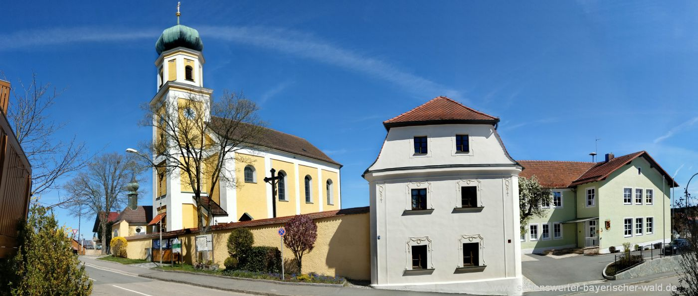 Bilder Sehenswürdigkeiten Michelsneukirchen Kirche, Mesnerhaus & Gemeinde