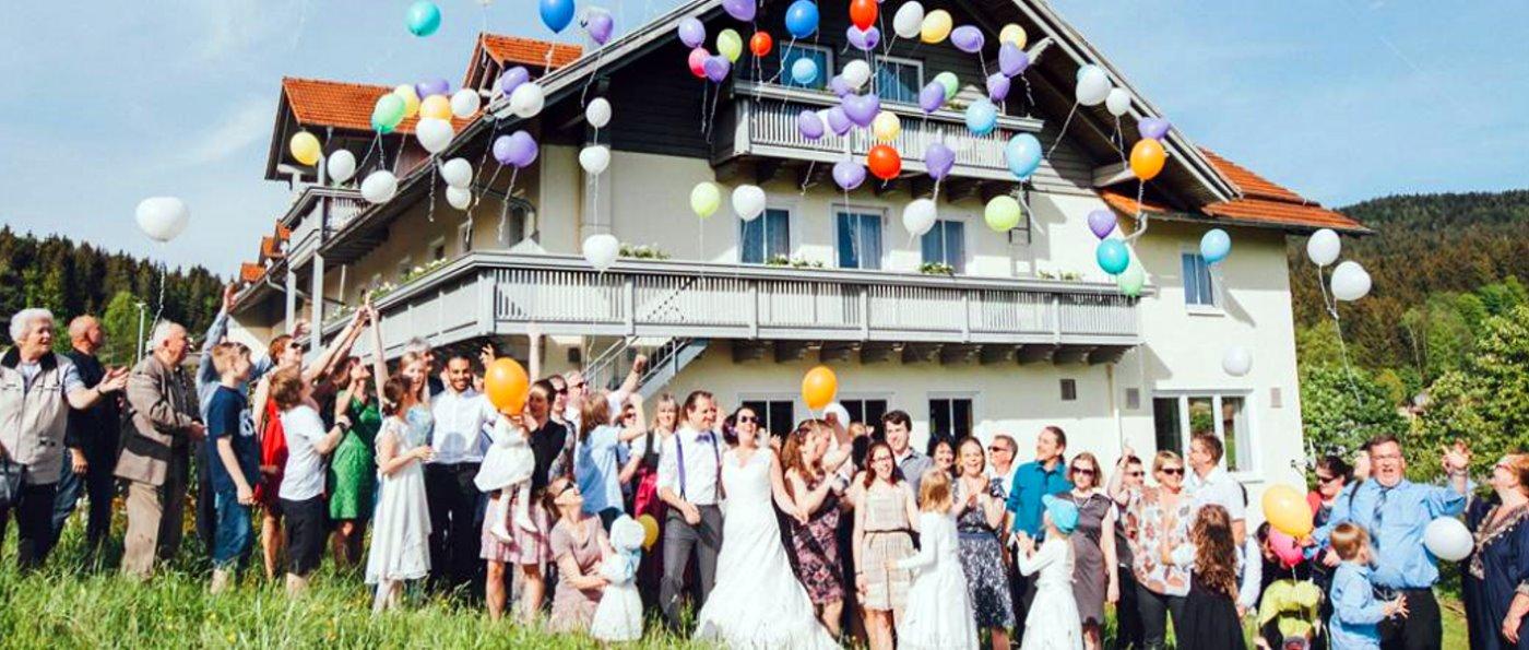 familienfeiern-bayerischer-wald-partylocation-hochzeitsfeier