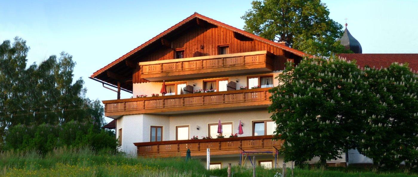 muhr-auerkiel-landgasthof-böbrach-bauernhof-bodenmais-halbpension