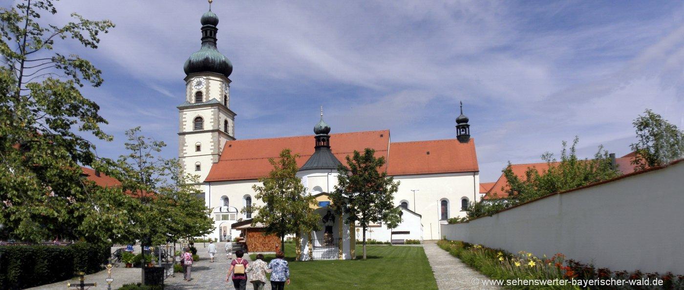 Bayerischer Wald Kapellen, Kirchen und Klöster - Bild Wallfahrtskirche Neukirchen