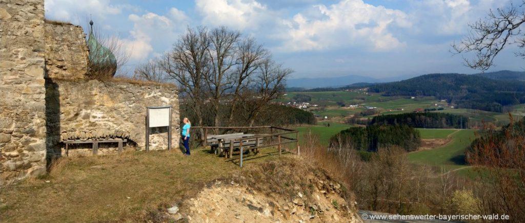 Burgruine Neurandsberg Ruine bei Rattenberg Aussichtspunkt