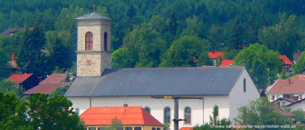 Pfarrkirche in Neureichenau Sehenswürdigkeiten Bayerischer Wald