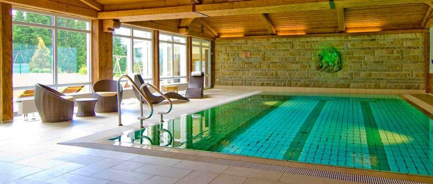 ödhof-hallenbad-niederbayern-wellnesshotel-bodenmais-schwimmbad