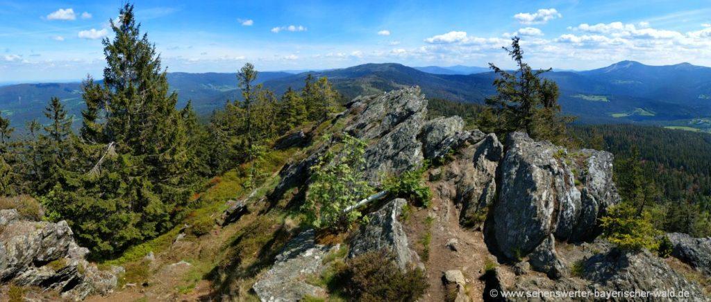 Felsen Grenzsteig ab Osser Gipfel Wanderwege ab Lam und Lohberg