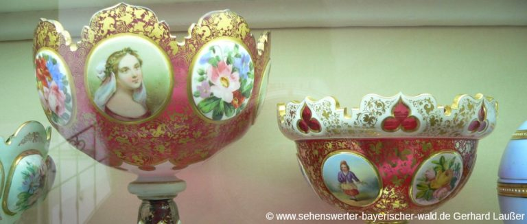 passau-glasmuseum-niederbayern-austellung-freizteitangebote-panorama-1200