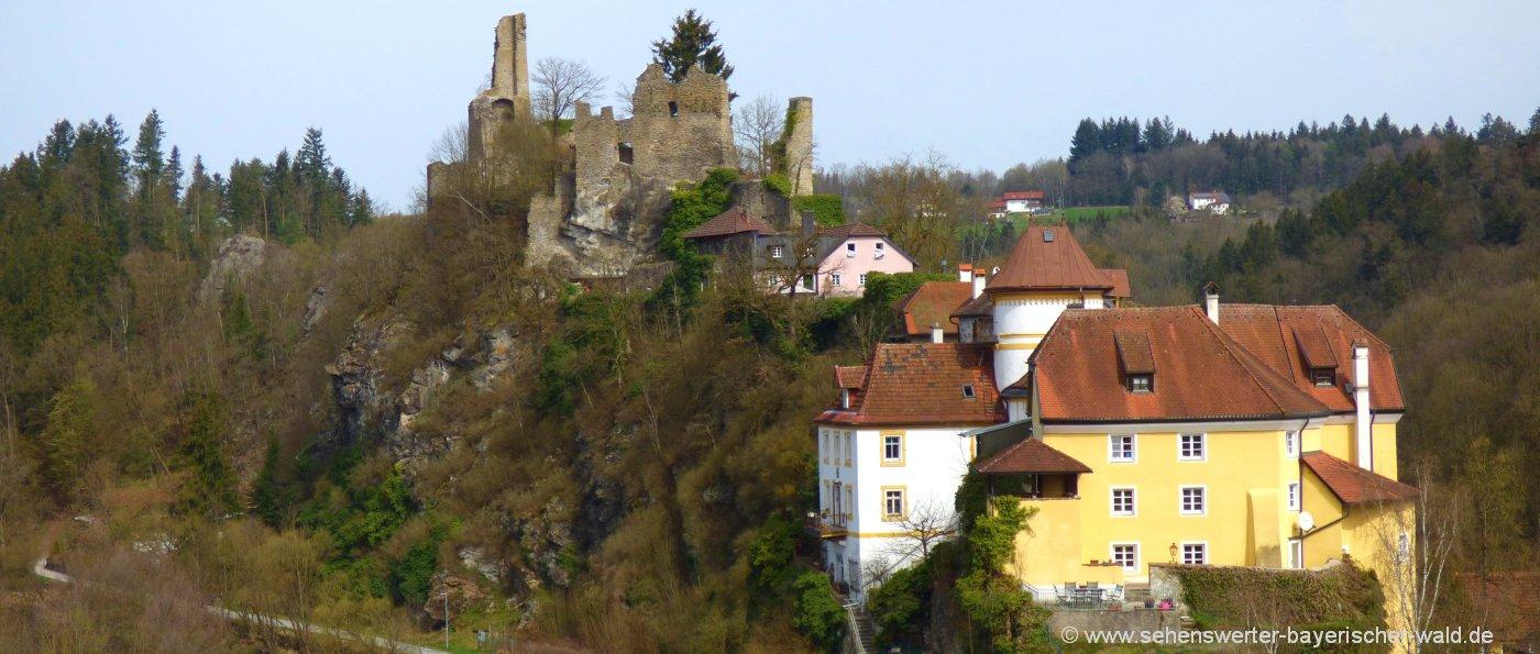 Ilzwanderweg in Hals Burgruine und Burg Reschenstein