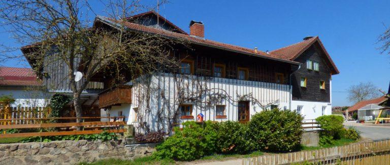 paulus-gruppenhaus-bayerischer-wald-uriges-ferienhaus-oberpfalz