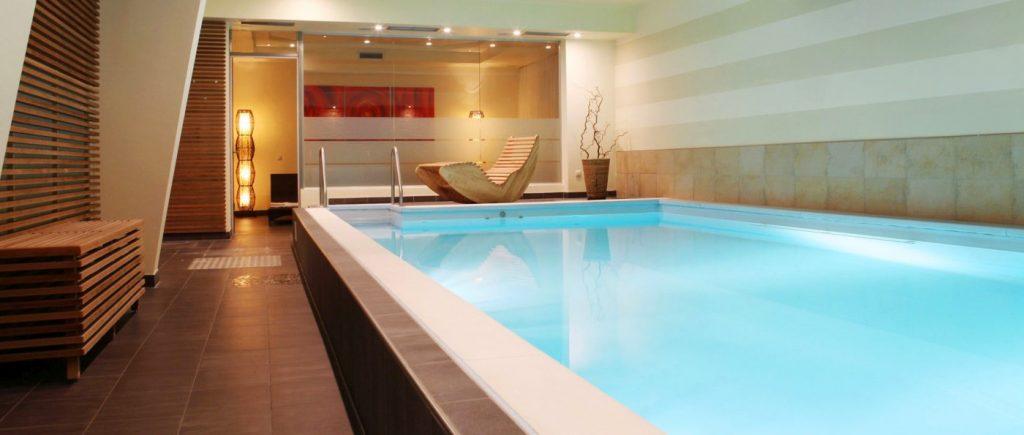 postwirt-wellnesshotel-grafenau-hallenbad-schwimmbad
